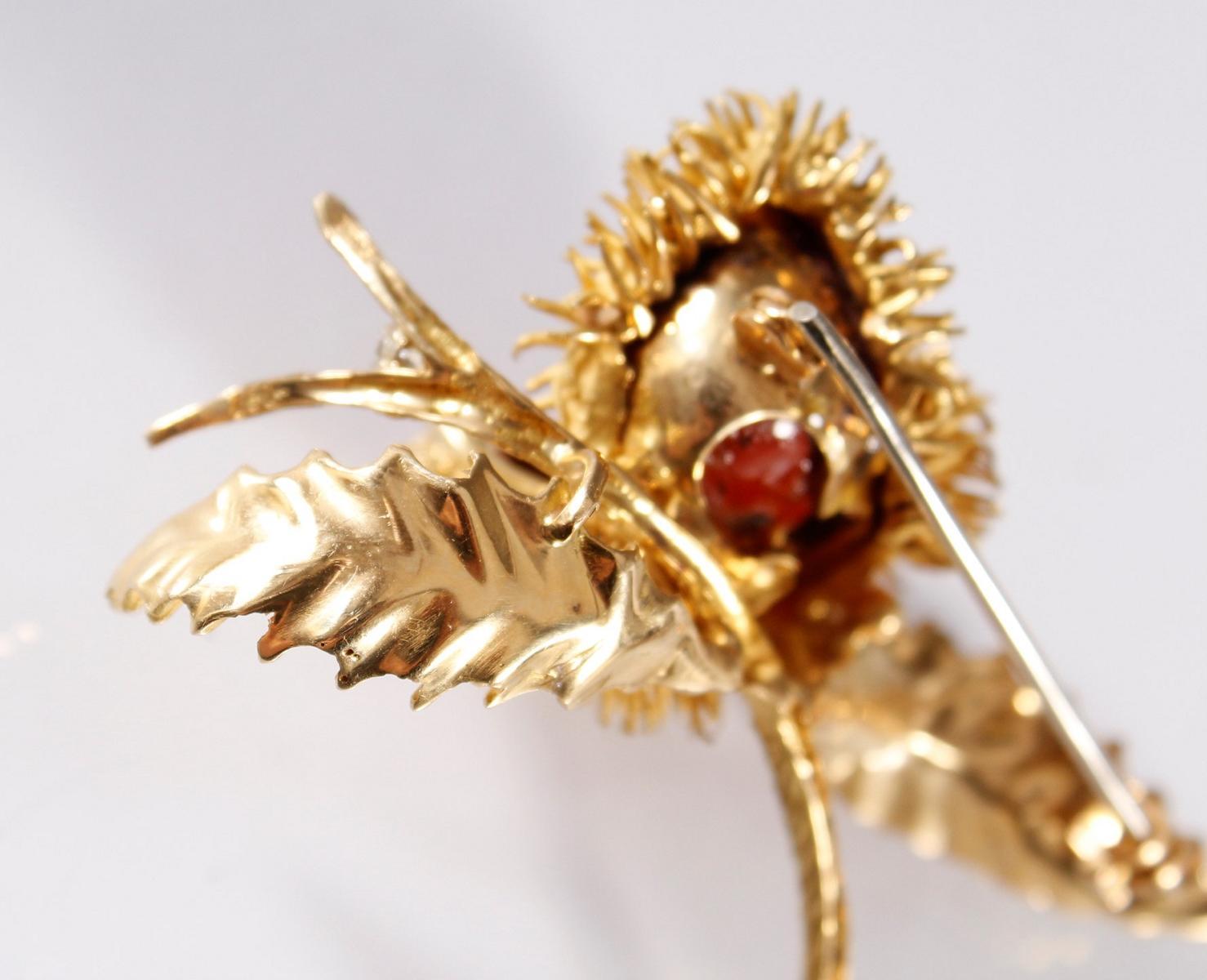 Brosche mit Diamanten, 18 Karat Gelbgold-4