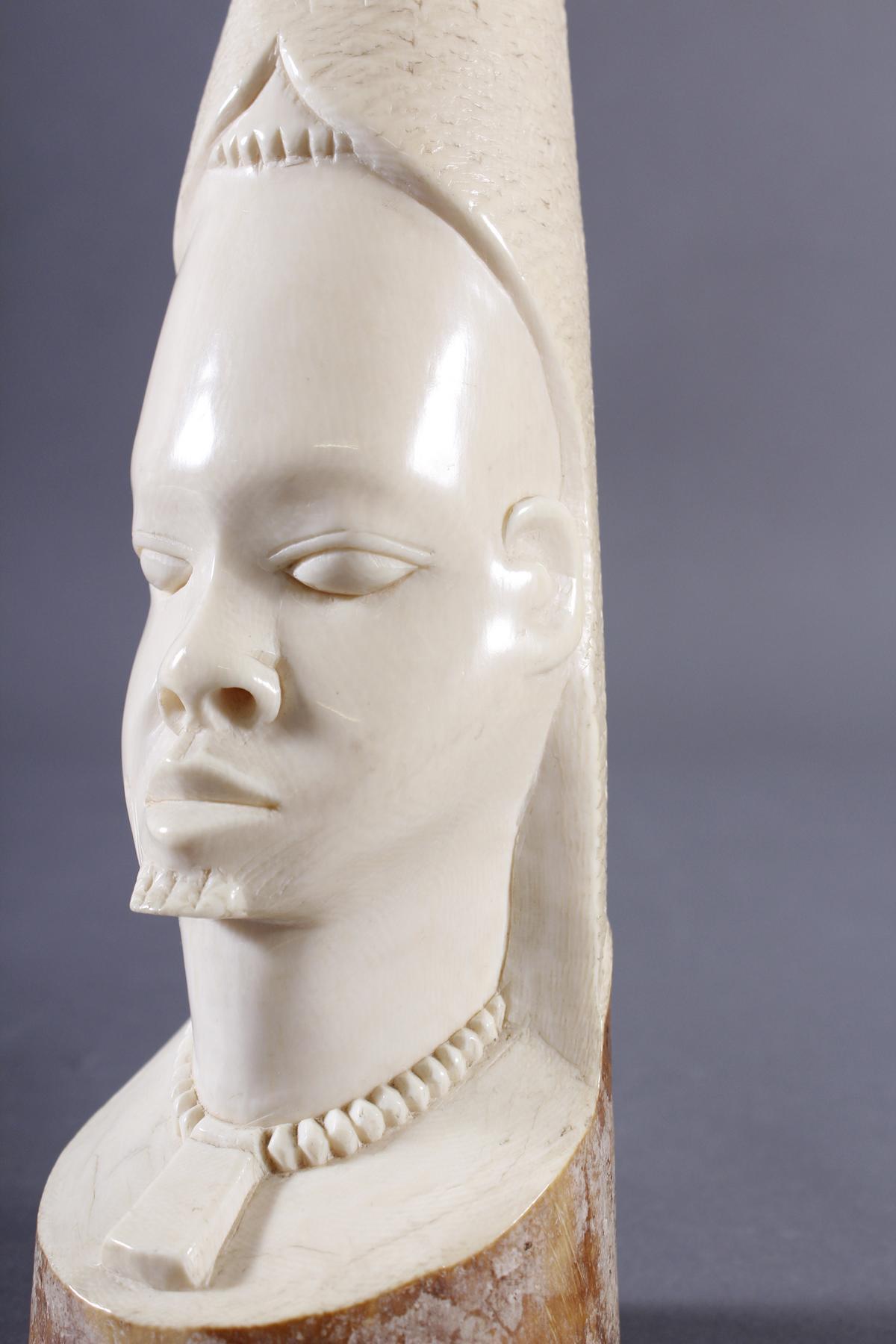 Elfenbeinschnitzerei, Frauenkopf, Afrika um 1925-5