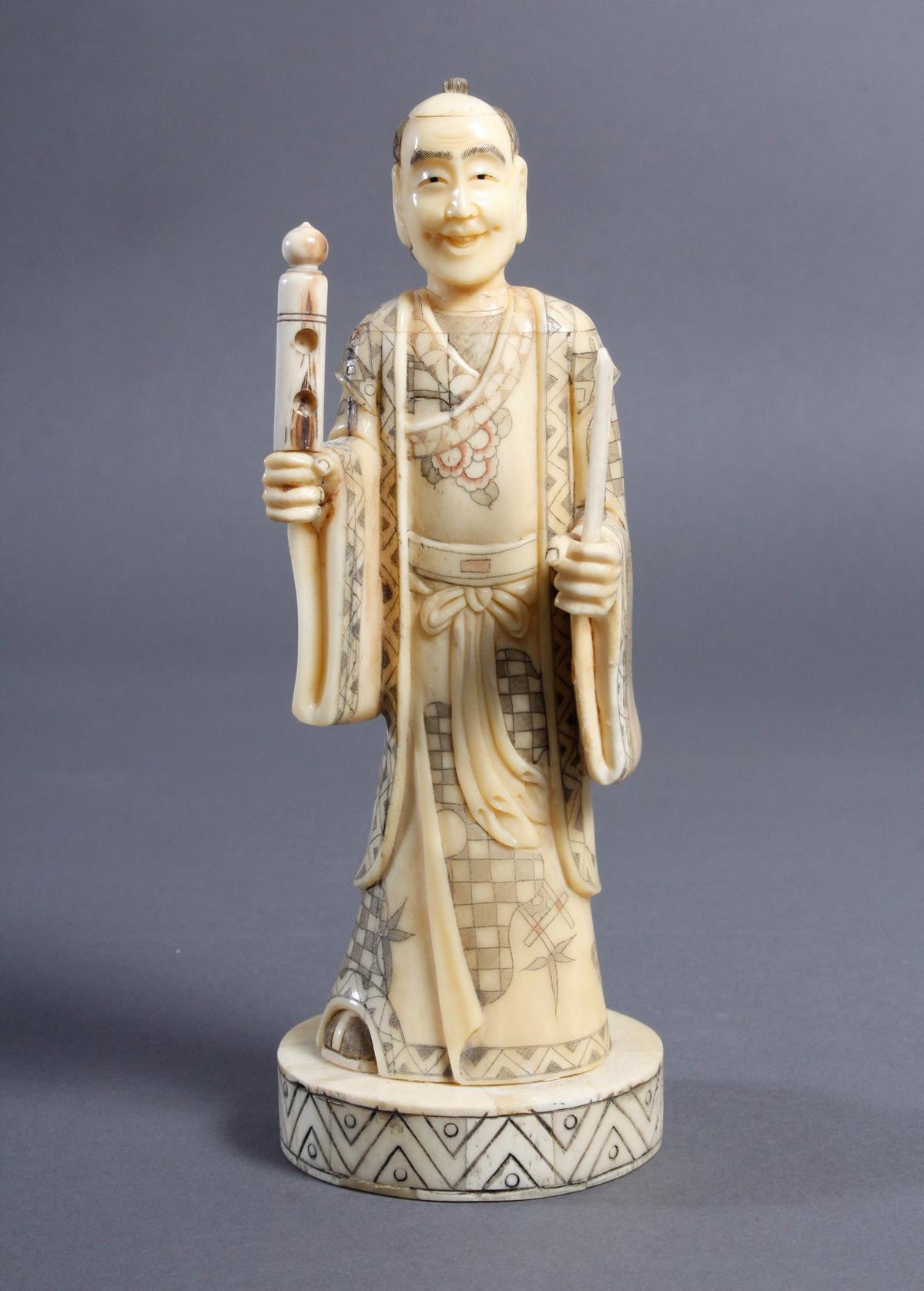 Beinfigur Japan, 1. Hälfte 20. Jahrhundert