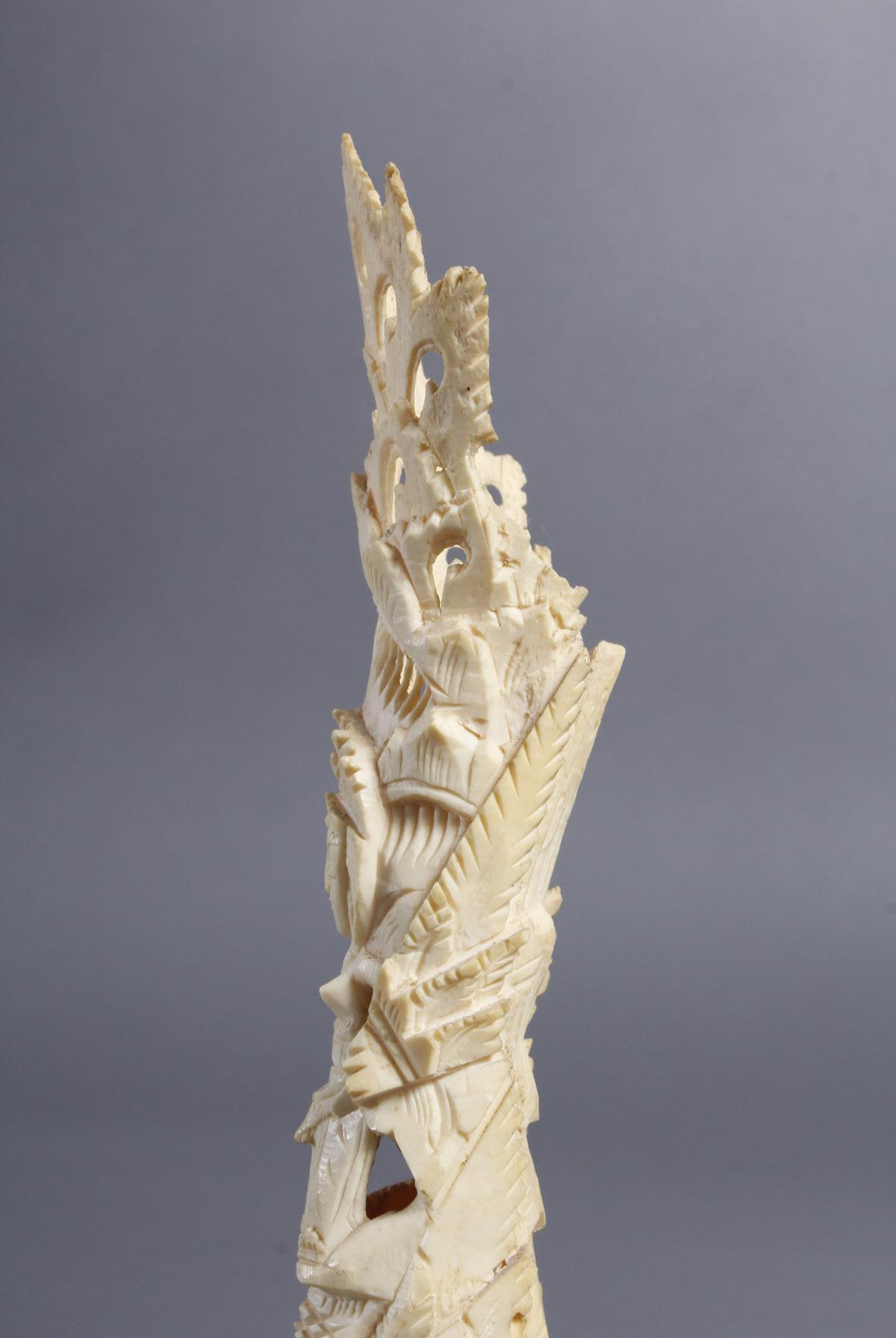 Elfenbein Kopf und Beinschnitzerei, Afrika / Asien um 1930-4