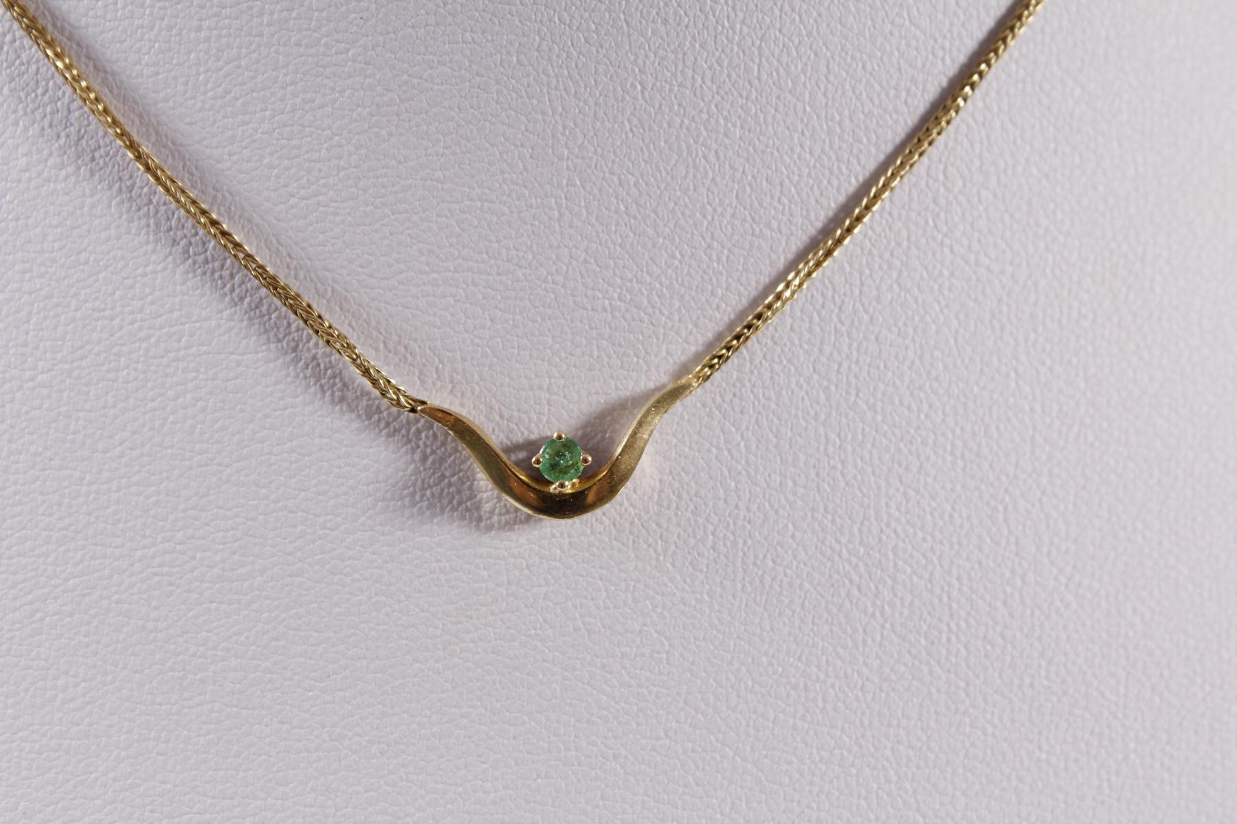 Collier mit Smaragd, 18 Karat Gelbgold-2