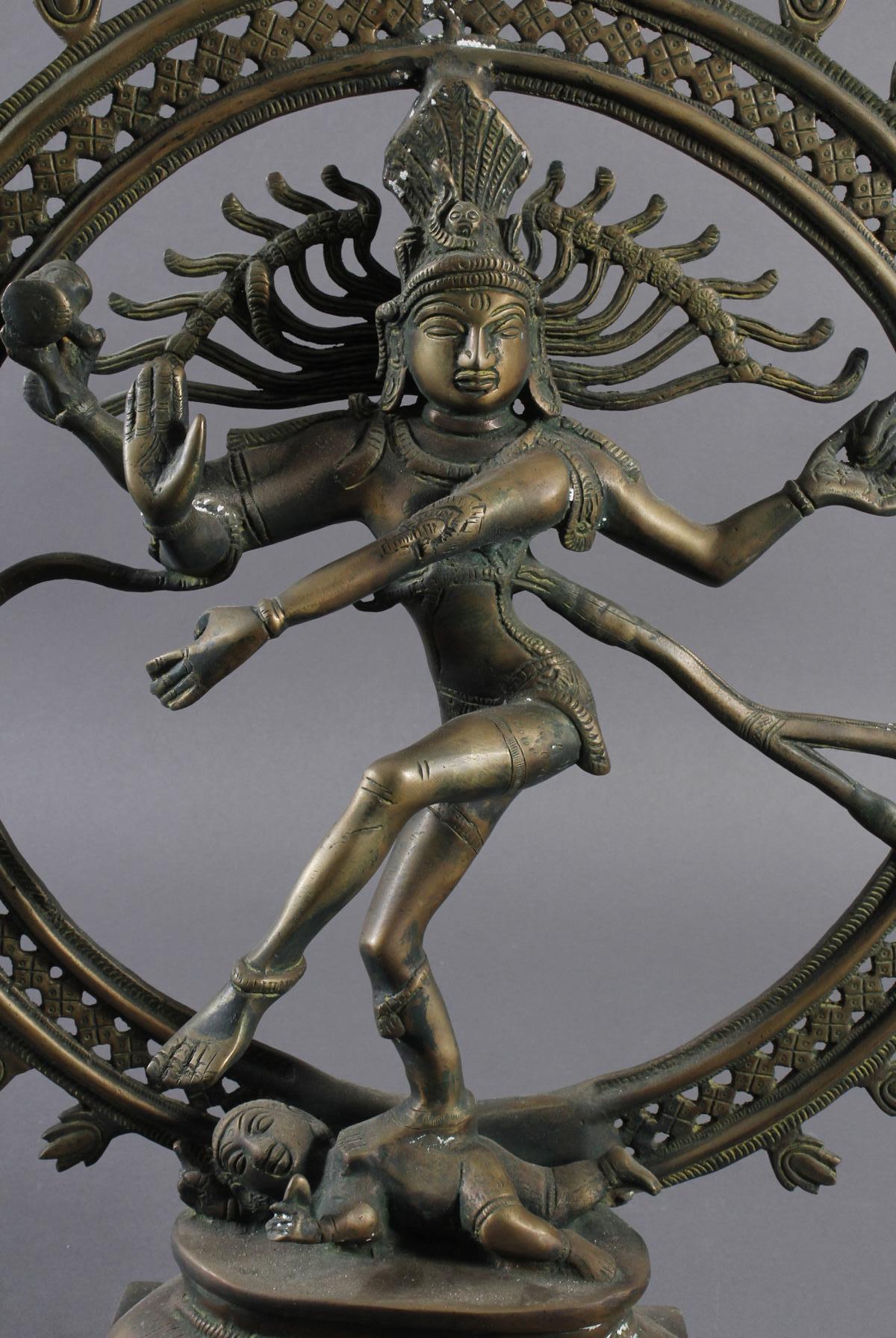 Nataraja Shiva im Flammenrad, Indien, 19. / 20. Jahrhundert-2