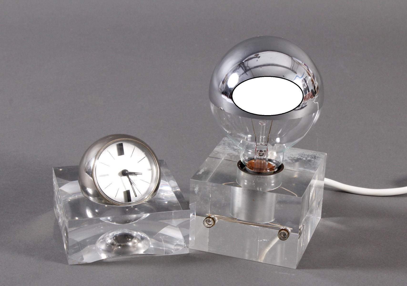 Nachttisch-Lampe und Uhr, Design aus den 70er Jahren