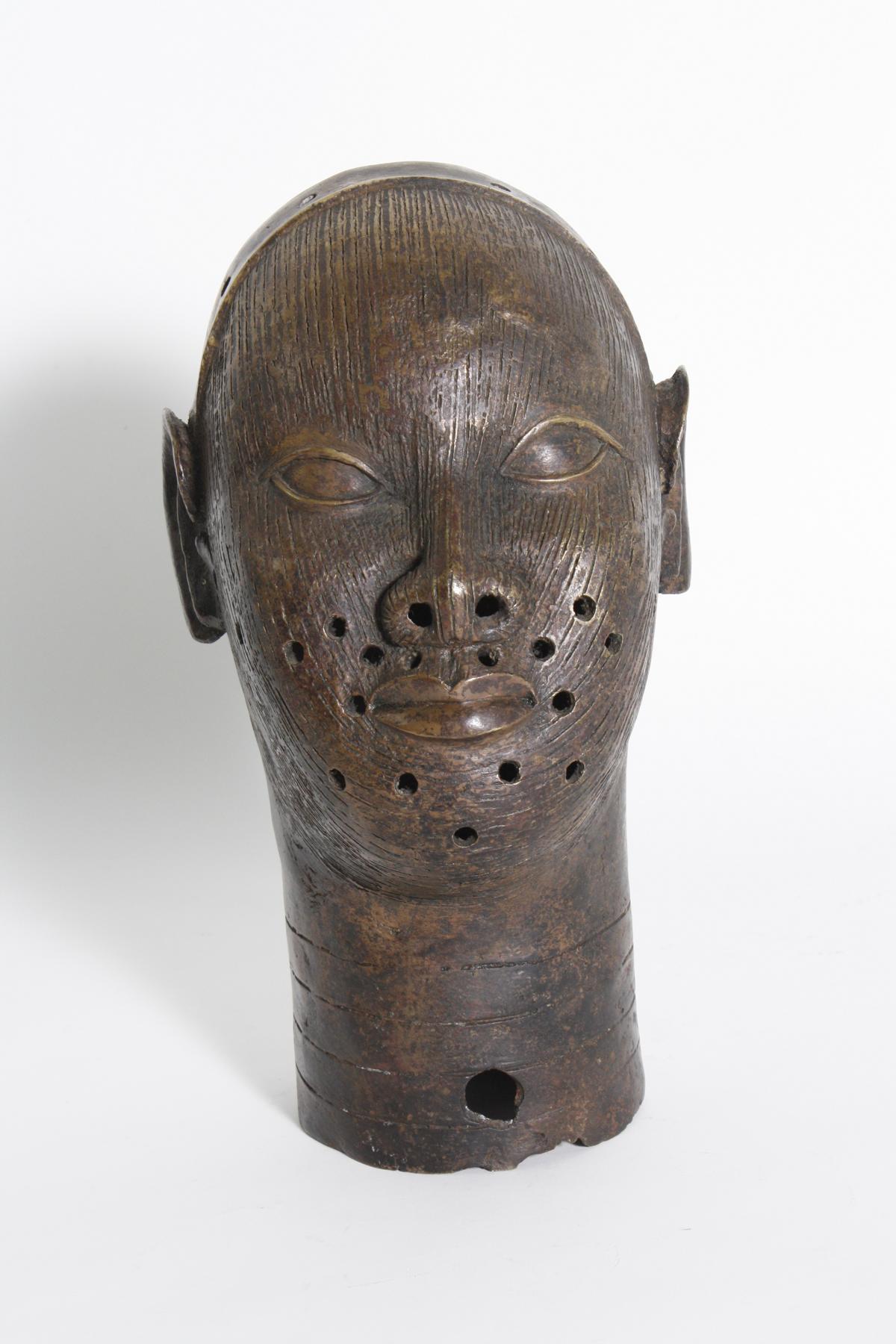 Früher Bronzekopf eines Oba, Ifé, Benin, Nigeria