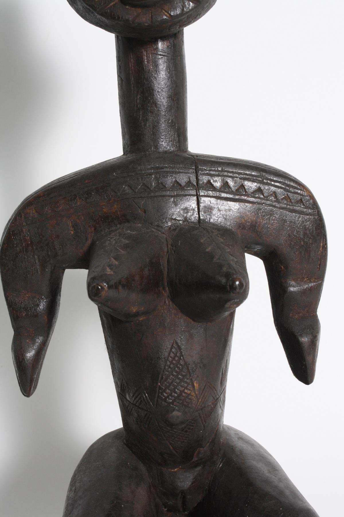 Sitzende weibliche Figur, Bambara, Mali, 1. Hälfte 20. Jh.-3