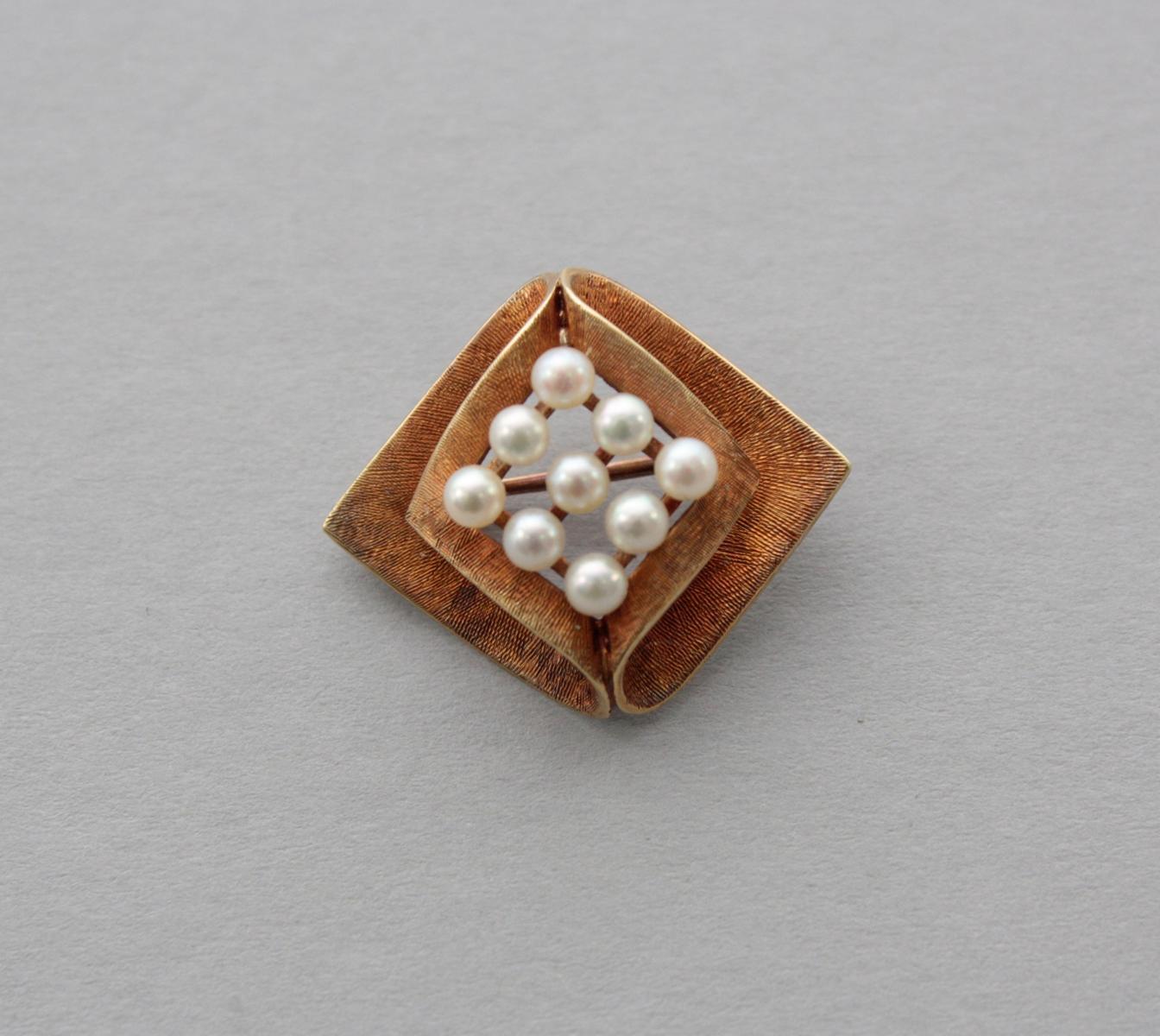 Brosche mit Perlen 14 Karat Gelbgold