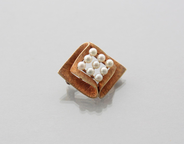 Brosche mit Perlen 14 Karat Gelbgold-2