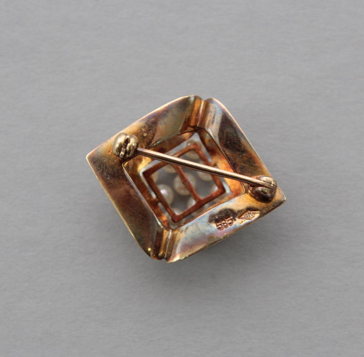 Brosche mit Perlen 14 Karat Gelbgold-3