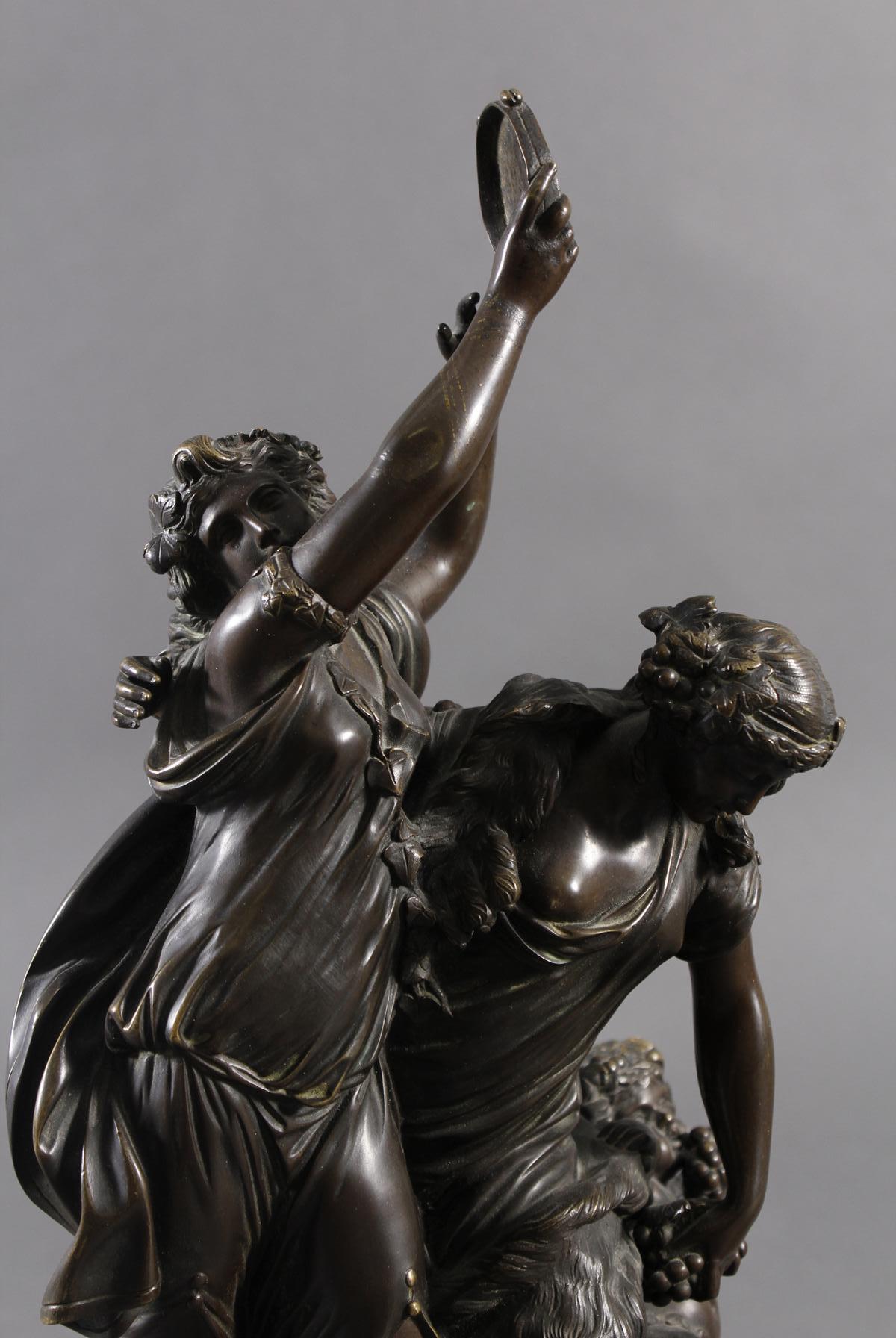 Allegorische Bronzegruppe, Bachantinen mit jungen Satyr, Frankreich 18./19. Jahrhundert-4
