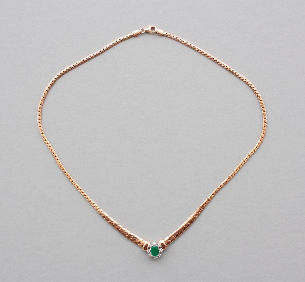 Collier mit Smaragd und Diamanten  14 Karat Gelbgold