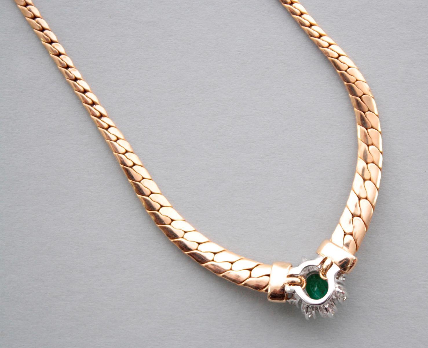 Collier mit Smaragd und Diamanten  14 Karat Gelbgold-4