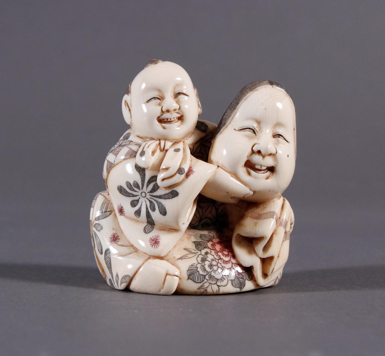 Elfenbeinfigur Okimono, Japan um 1920