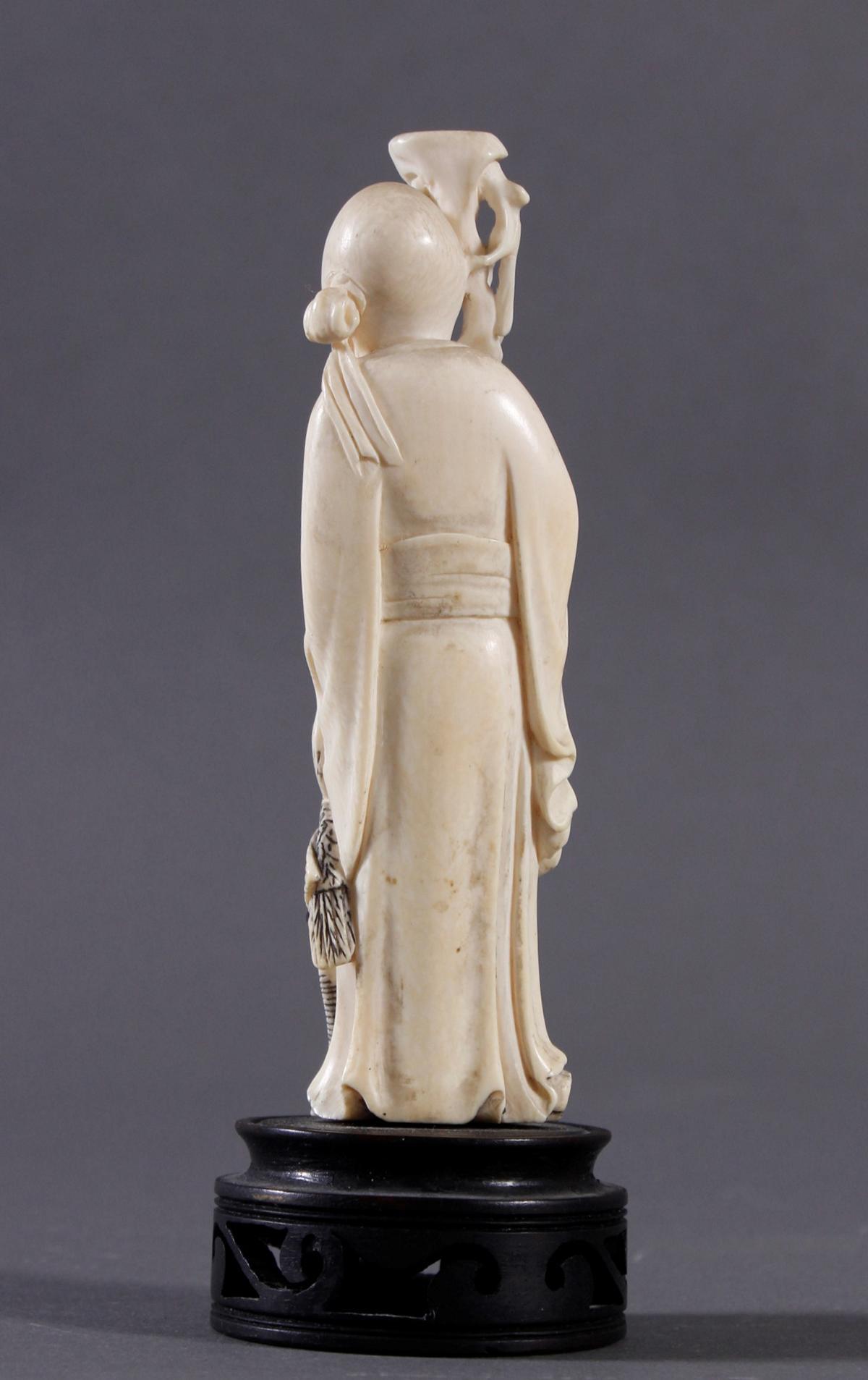 Elfenbein Figur Luohan, China um 1900-2