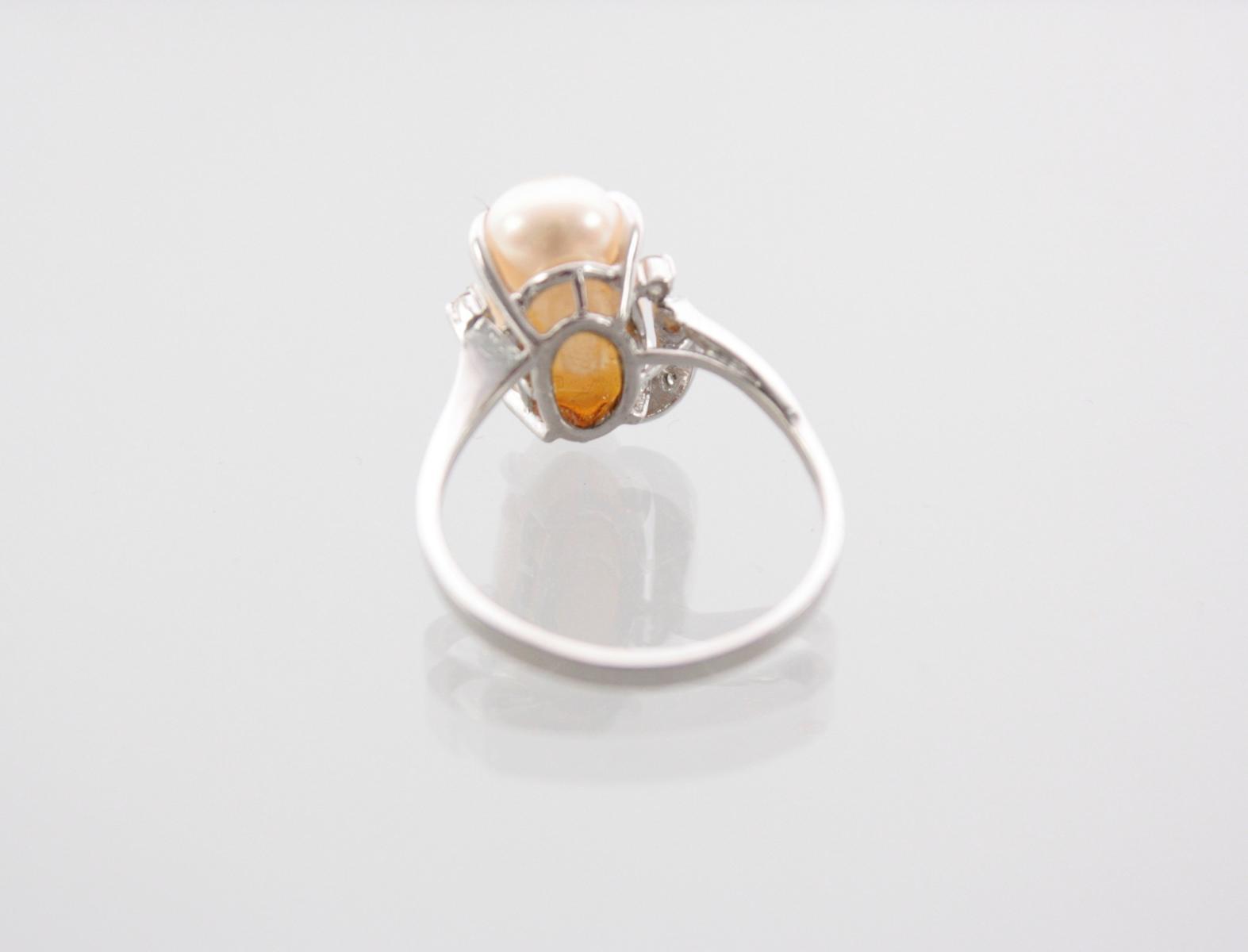 Weißgoldring mit Biwaperle und Diamanten-3