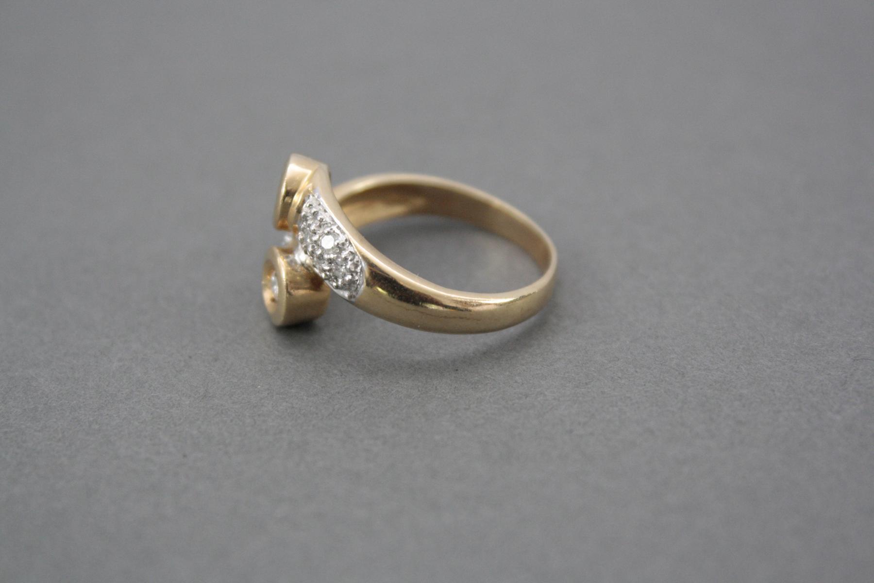 Damenring mit Diamanten, 14 Karat Gelbgold-3