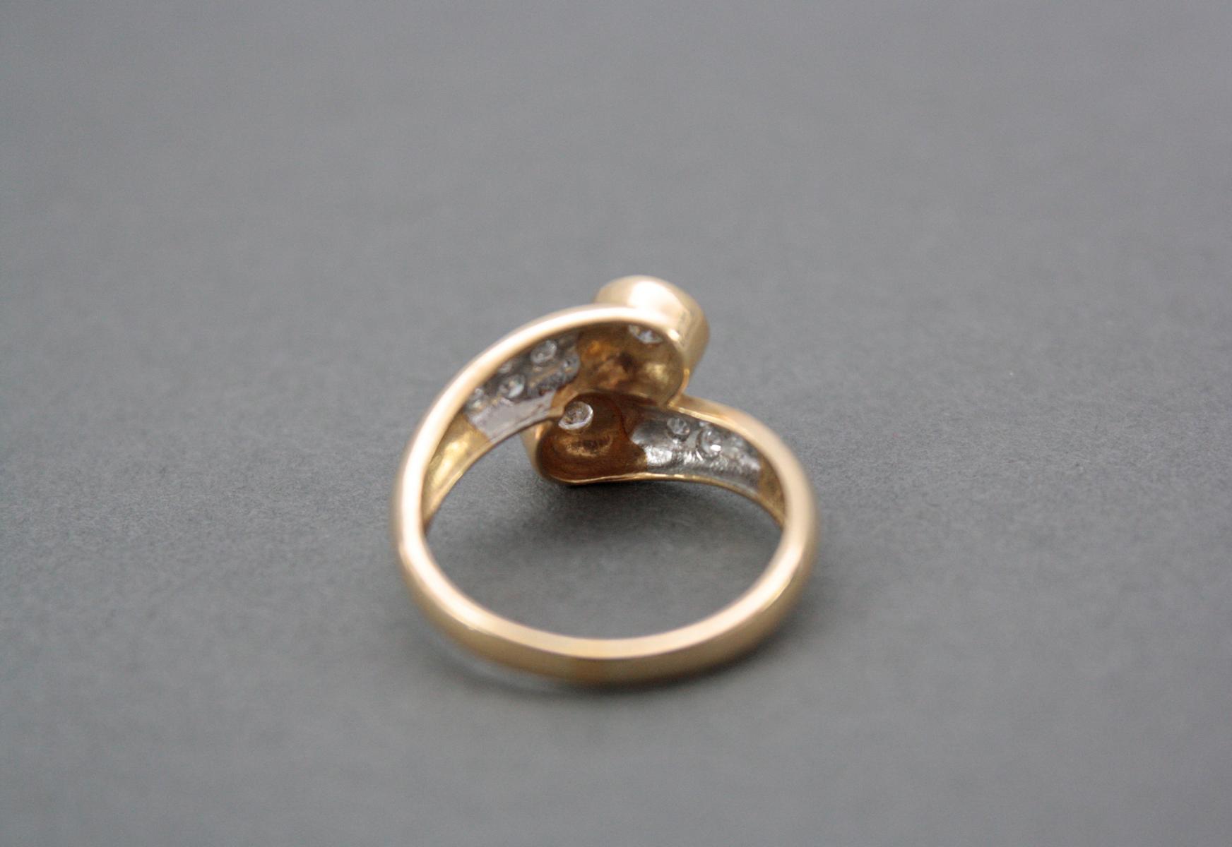 Damenring mit Diamanten, 14 Karat Gelbgold-4