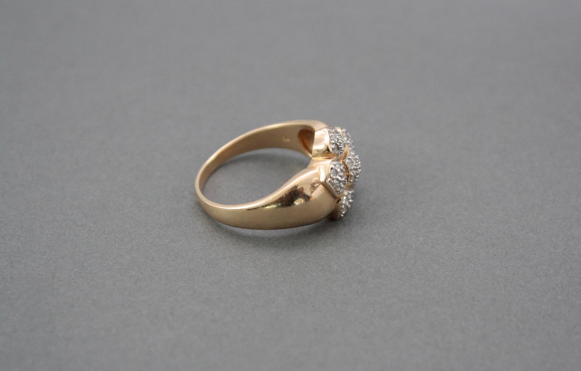 Damenring mit kleinen Diamanten, 14 Karat Weißgold-2