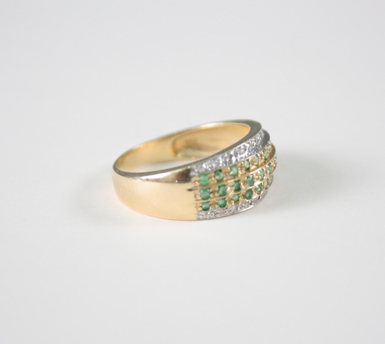 Damenring mit Smaragden und Diamanten, 14 Karat Gelbgold-2