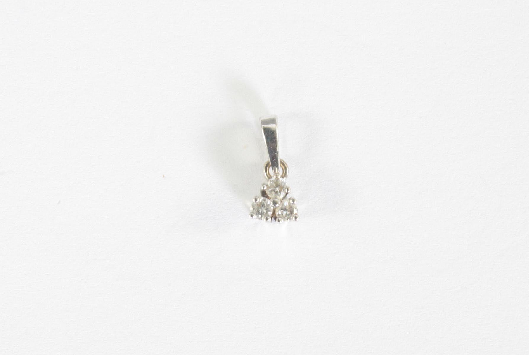 Anhänger mit Diamanten, 14 Karat Weißgold