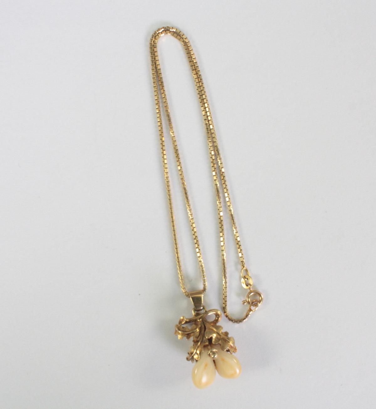 Halskette mit Grandelanhänger, 14 Karat Gelbgold