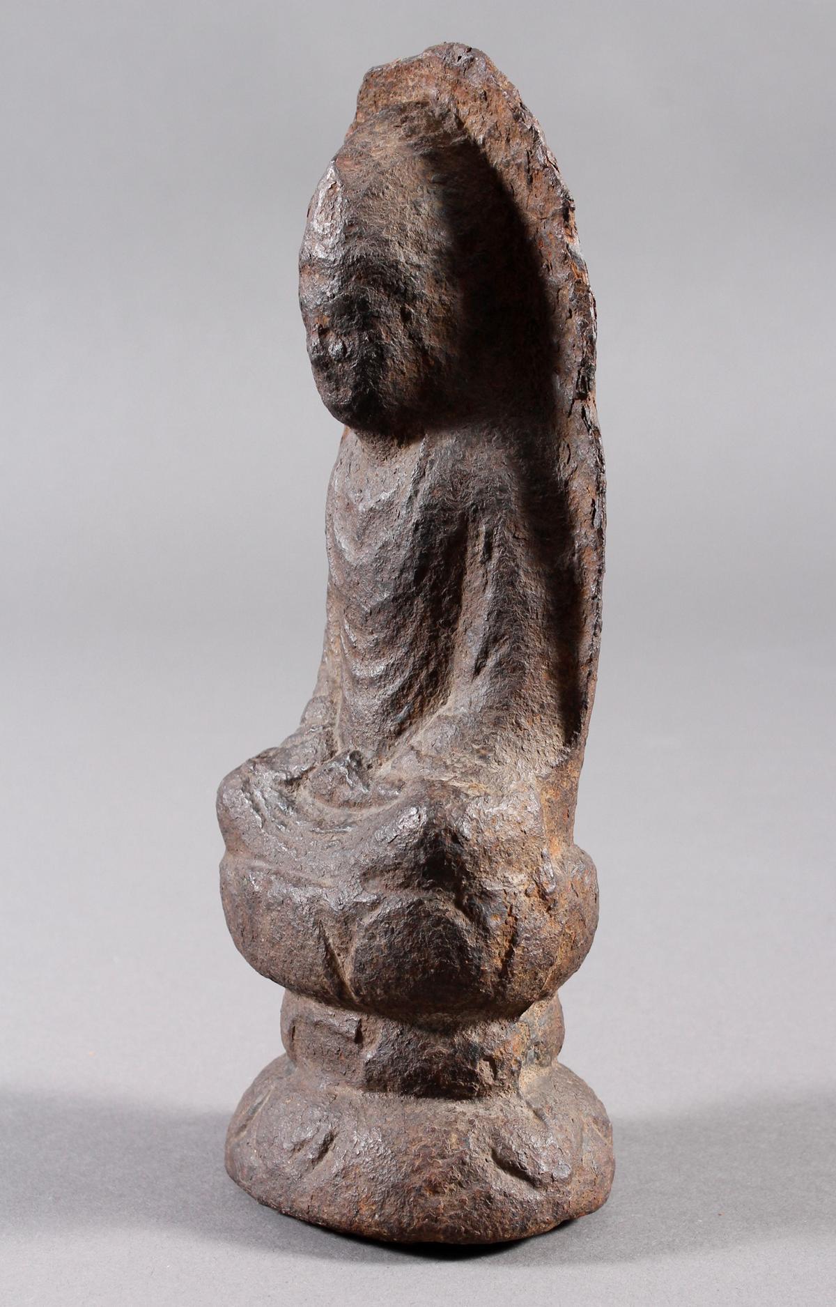 Eisen Buddha, China oder Tibet, 14. / 16. Jahrhundert-7