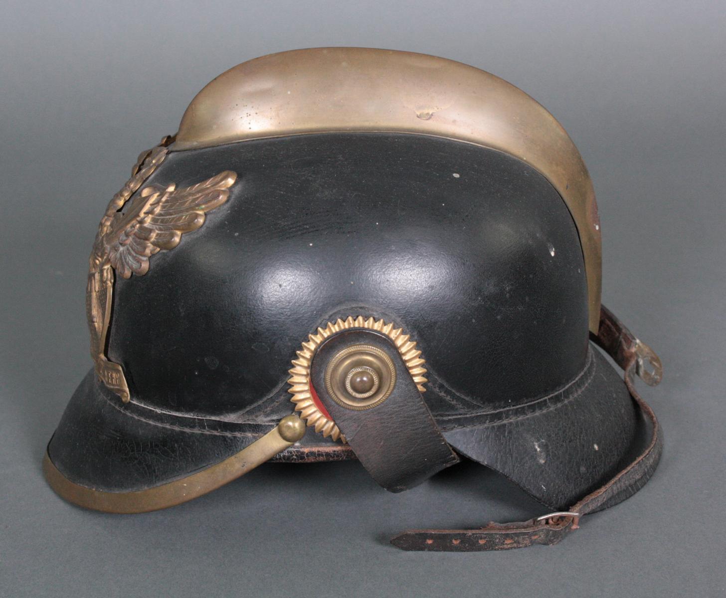 Badischem Feuerwehrhelm, 19. Jahrhundert-3