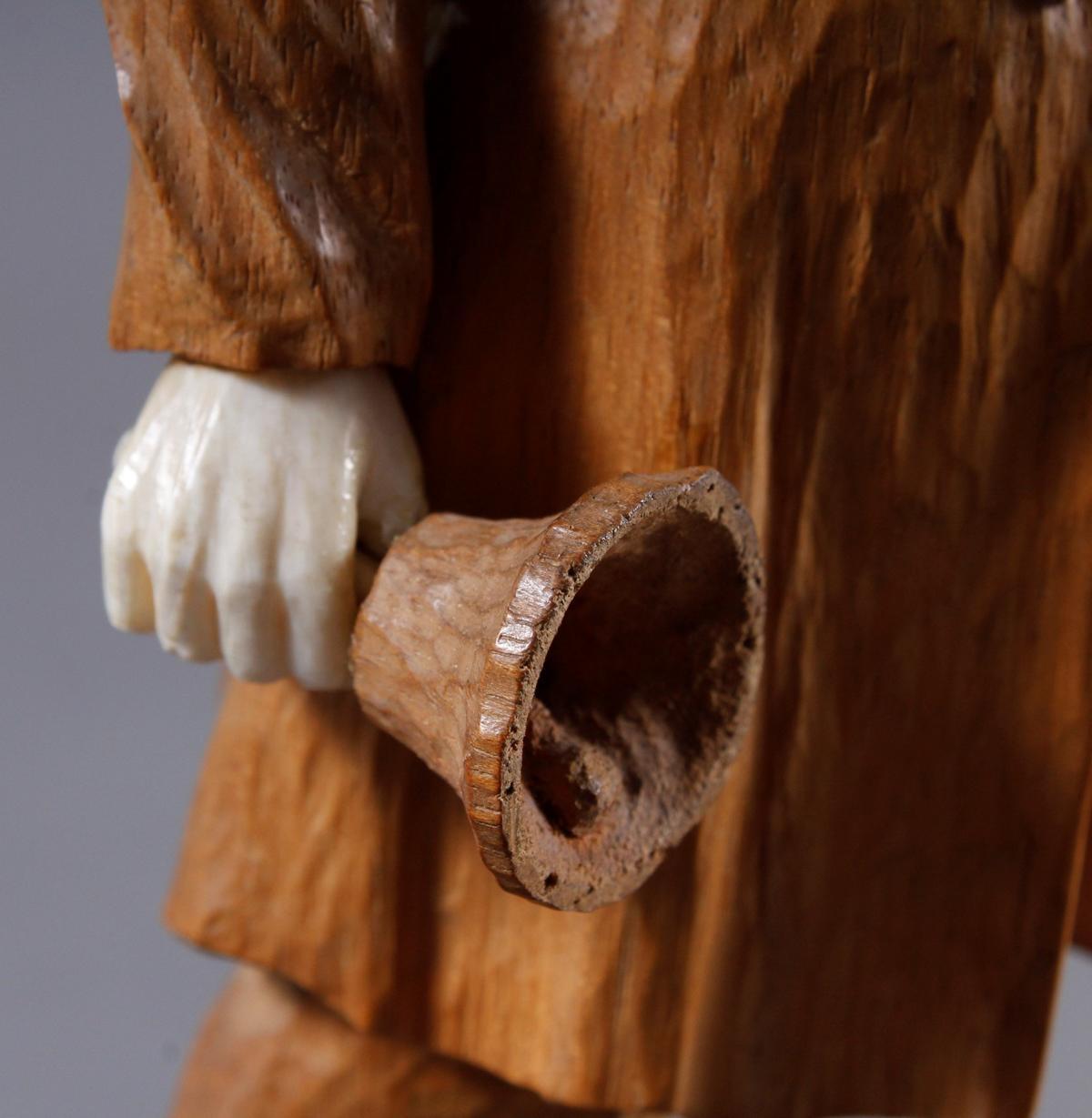 Holz-/ Elfenbeinskulptur, Schaffner, wohl Erbach 1947-4