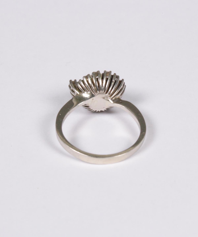Damenring mit Diamanten und Perle, 14 Karat Weißgold-3