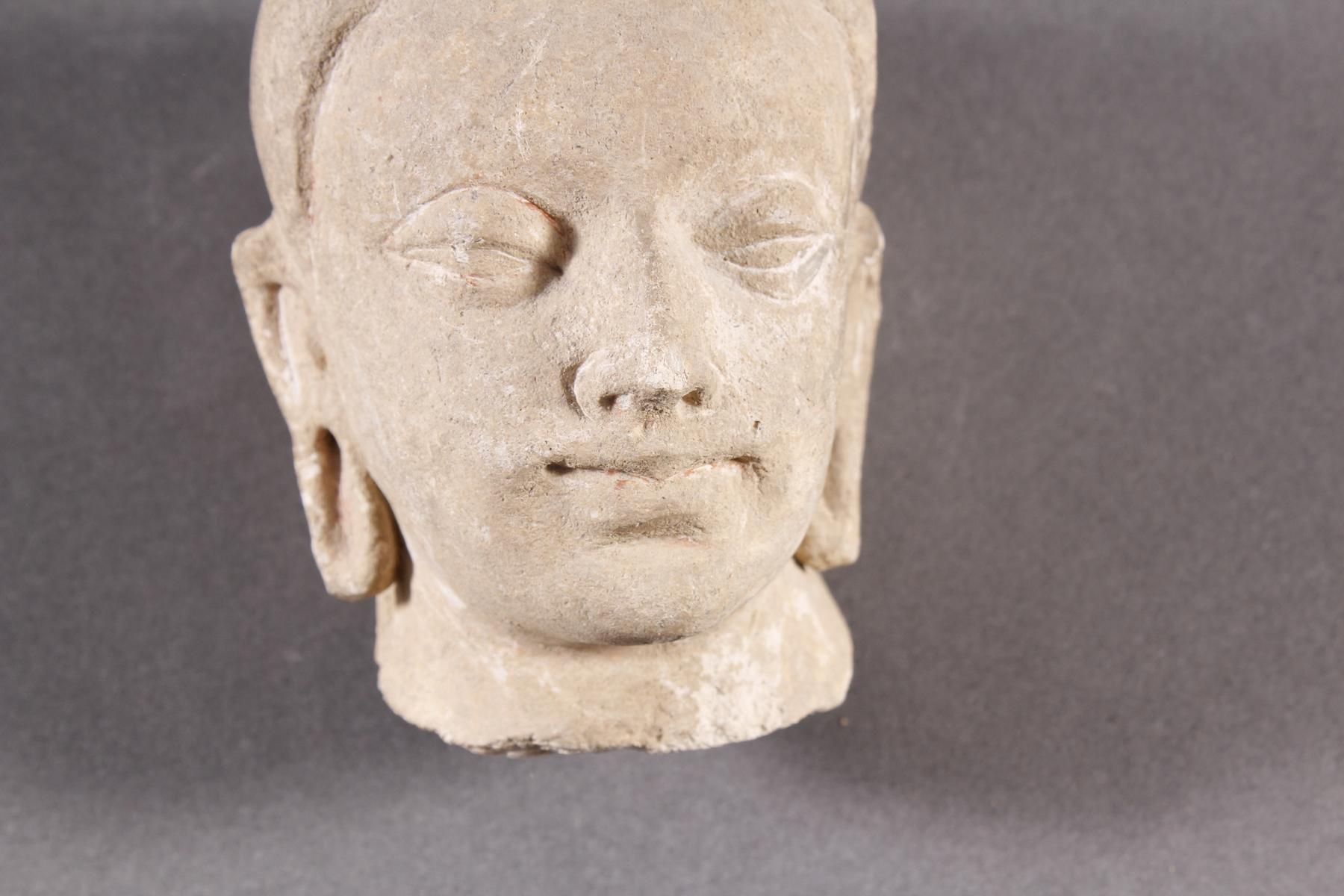 Kleiner Kopf des Buddha-2