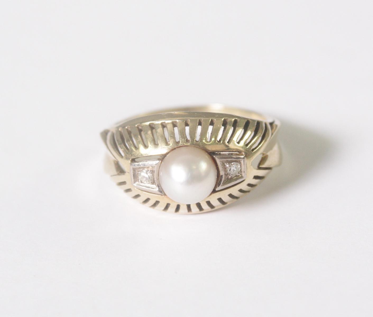 Damenring mit Perle und 2 Diamanten, 14 Karat Gelbgold-2