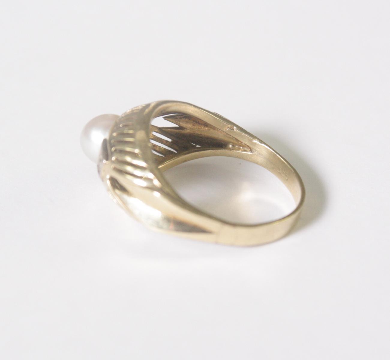 Damenring mit Perle und 2 Diamanten, 14 Karat Gelbgold-3