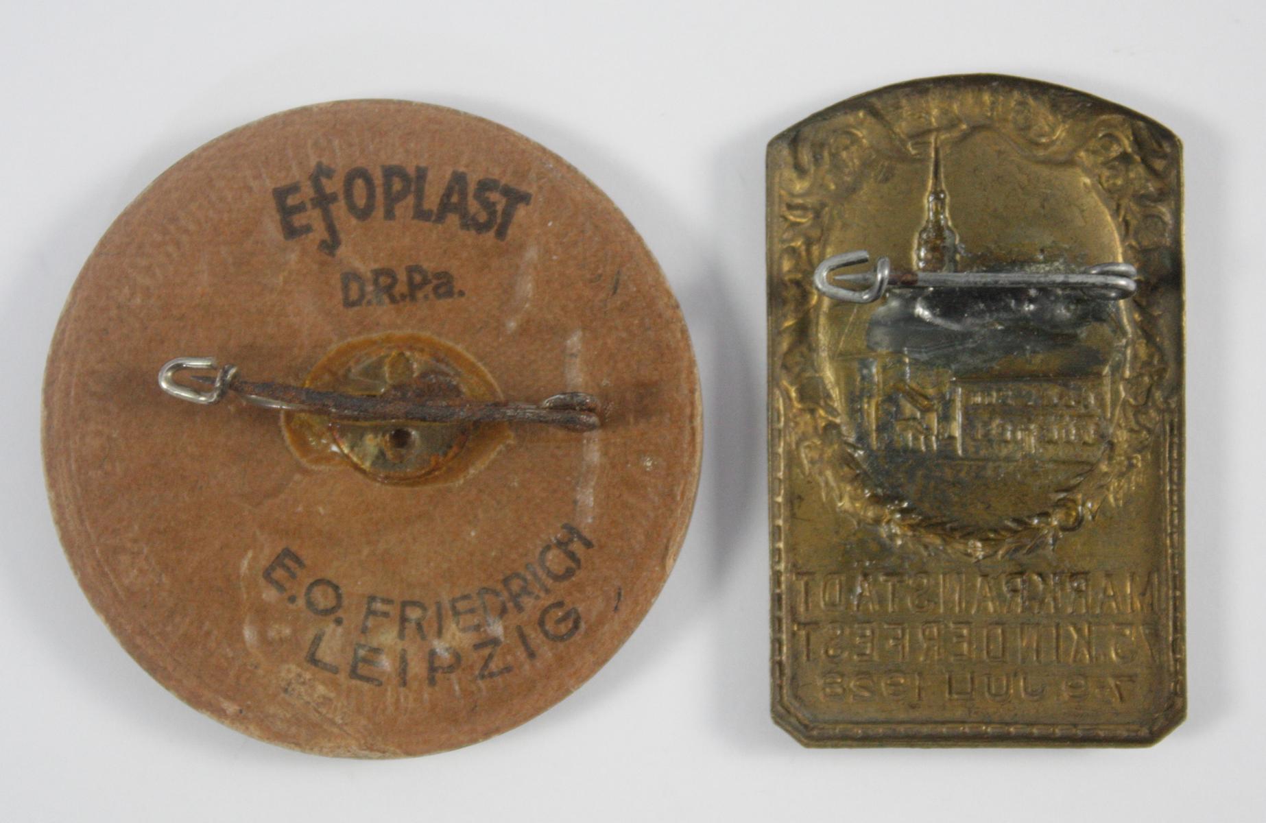 2 Abzeichen: Markränstädter Kinder- und Heimatfest 1928 und 1938-2