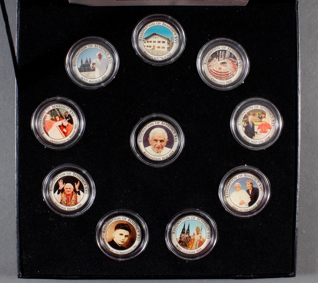 2 Sets kolorierte Münzen; Thema Religion-2