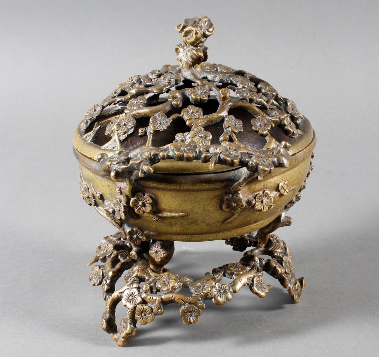 Dreiteiliger Bronze Koro, China 18. / 19. Jahrhundert-2