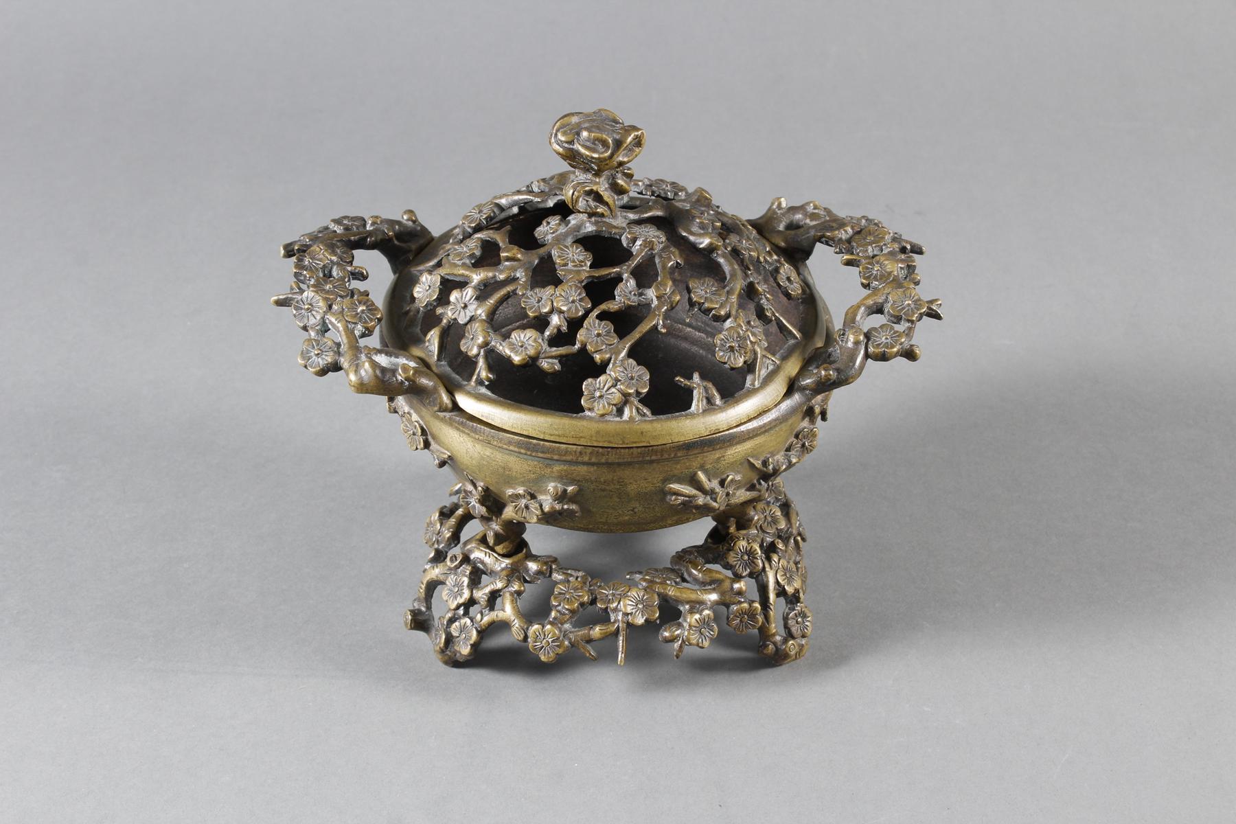 Dreiteiliger Bronze Koro, China 18. / 19. Jahrhundert-5