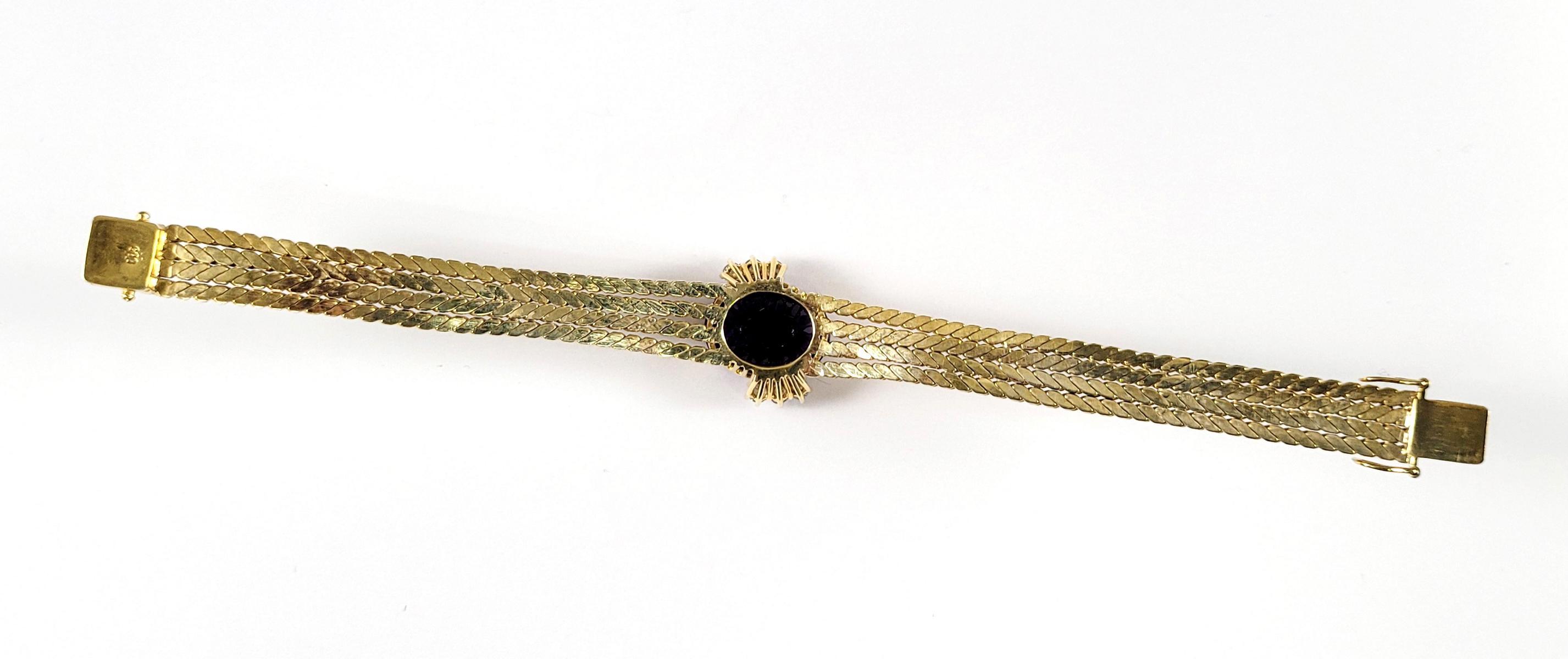 Damenarmband mit großem, facettierten Amethyst und Diamanten, 14 Karat Gelbgold-3