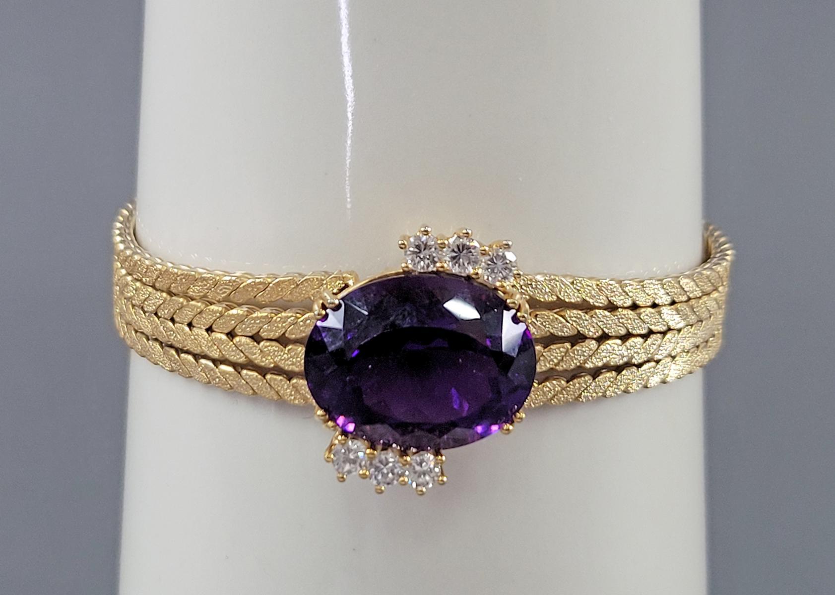 Damenarmband mit großem, facettierten Amethyst und Diamanten, 14 Karat Gelbgold-6