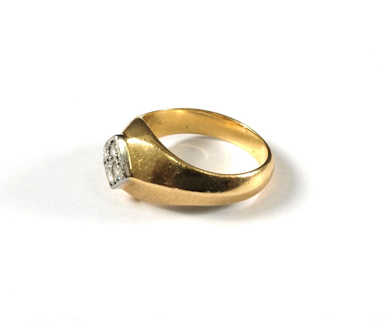 Damenring mit Diamanten, 18 Karat Gelbgold-4