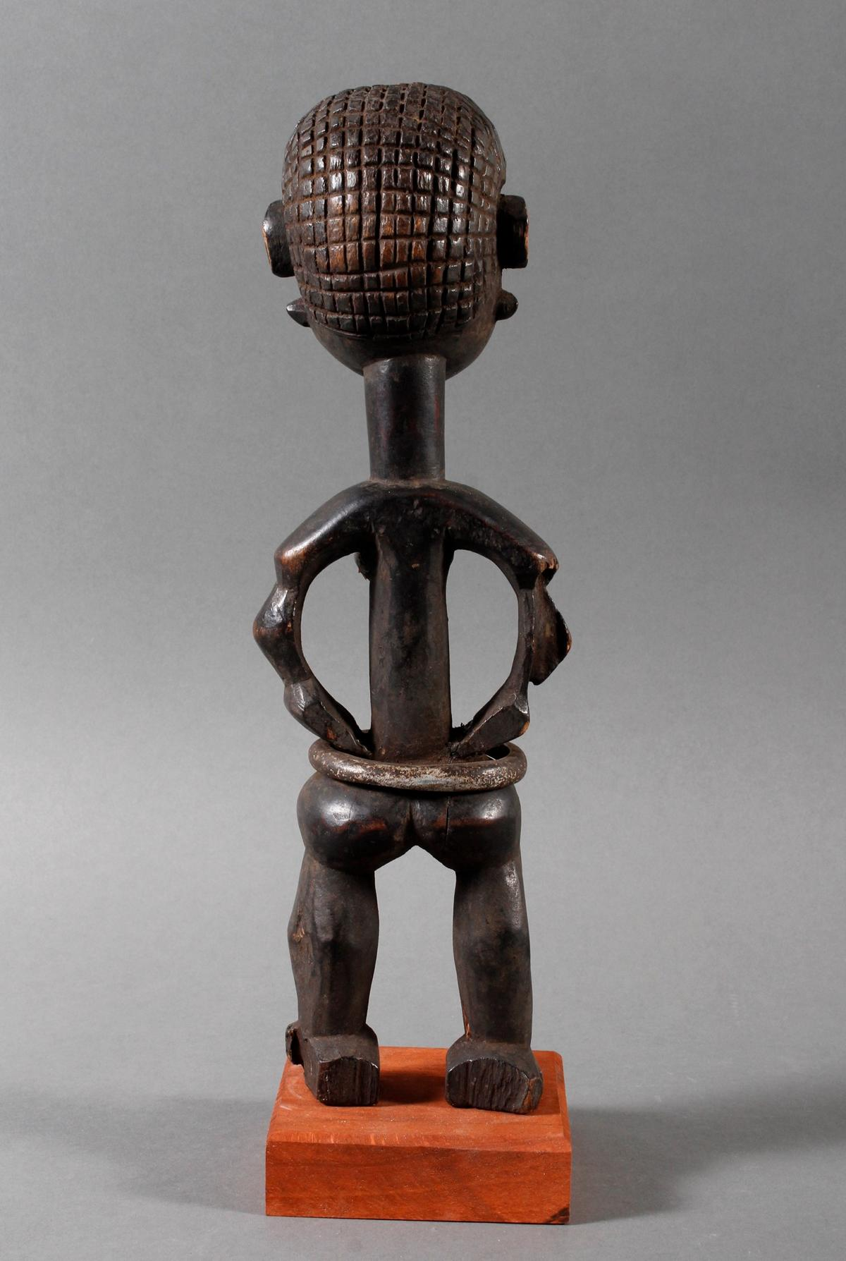 Seltene weibliche Ahnenskulpur der Azande, DR Kongo-3