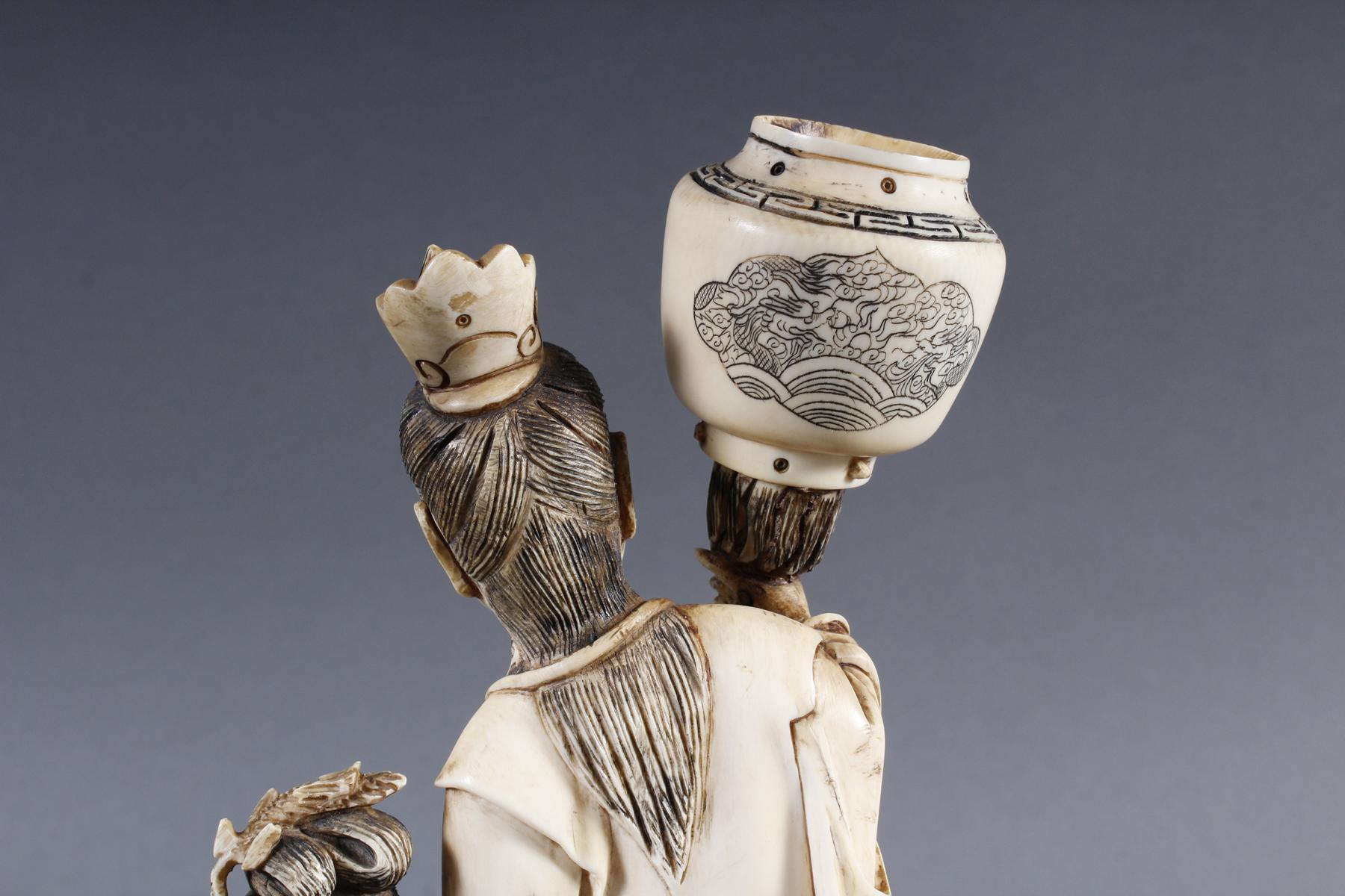 """Elfenbeinskulptur """"Hofdamen"""" detailreiche Schnitzerei, China 19. Jahrhundert-10"""