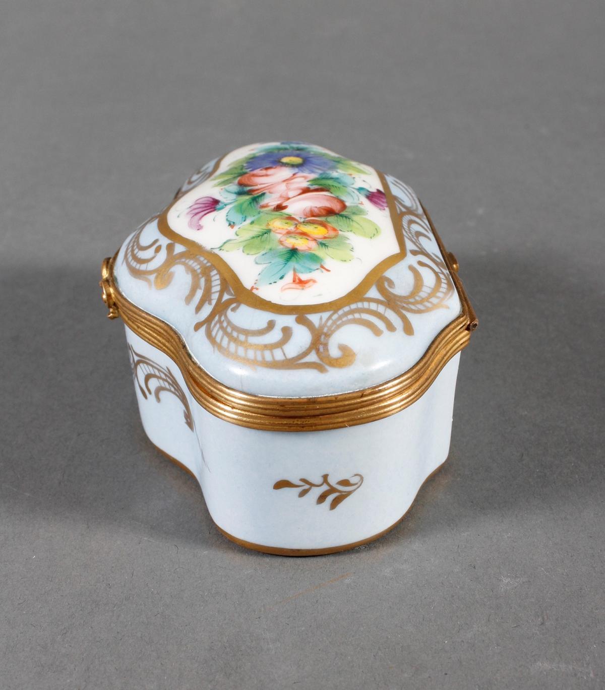 Limoges Frankreich, Handbemalte Porzellan-Pillendose, 1. Hälfte 20. Jahrhundert-5