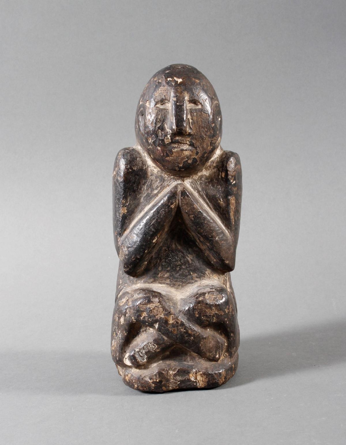 Steinskulptur eines betenden Quell-Geistes, Nepal 19. / 20. Jahrhundert