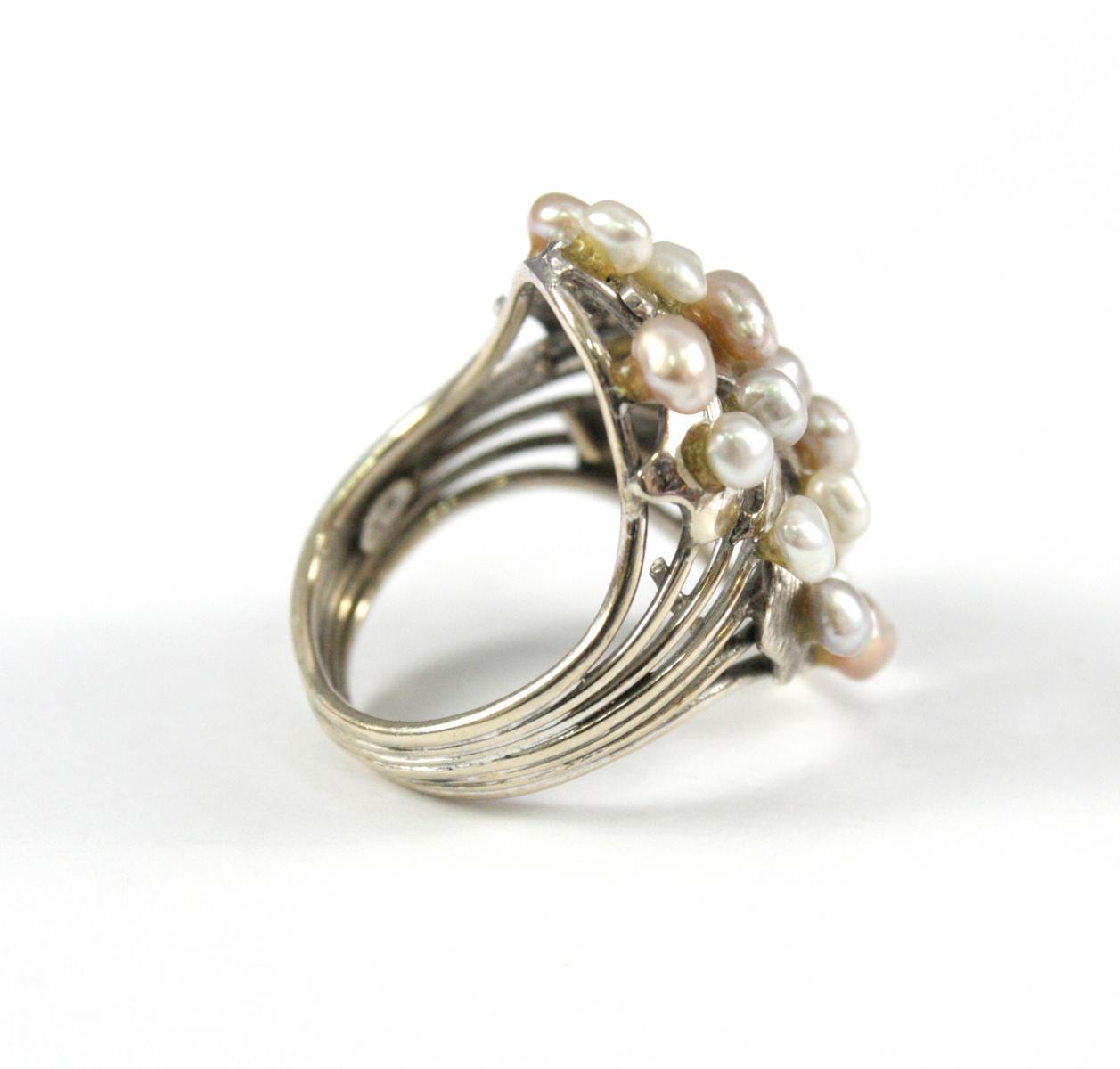 Damenring mit Perlen, 14 Karat Weißgold-2