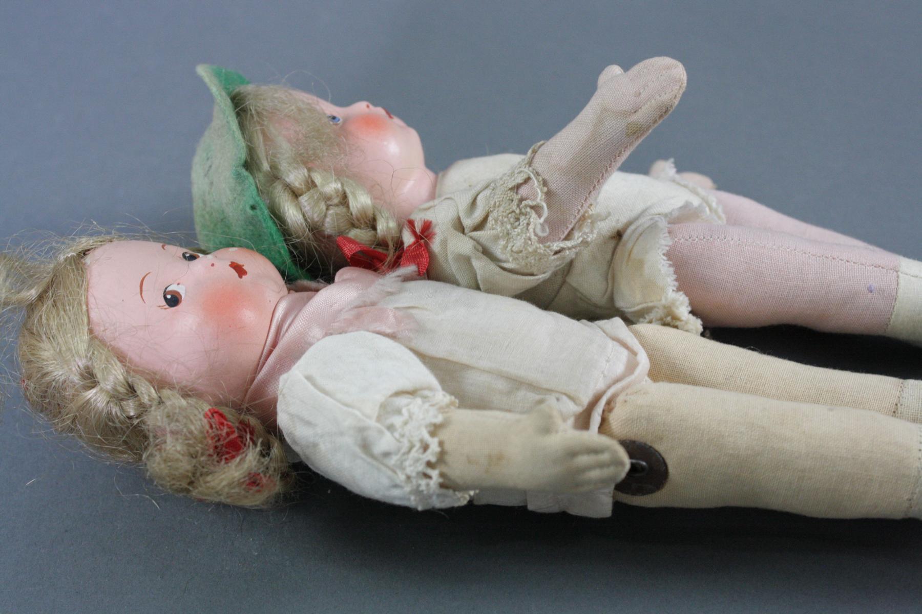 12 sehr alte Puppen, 1. Hälfte 20. Jahrhundert oder älter-11
