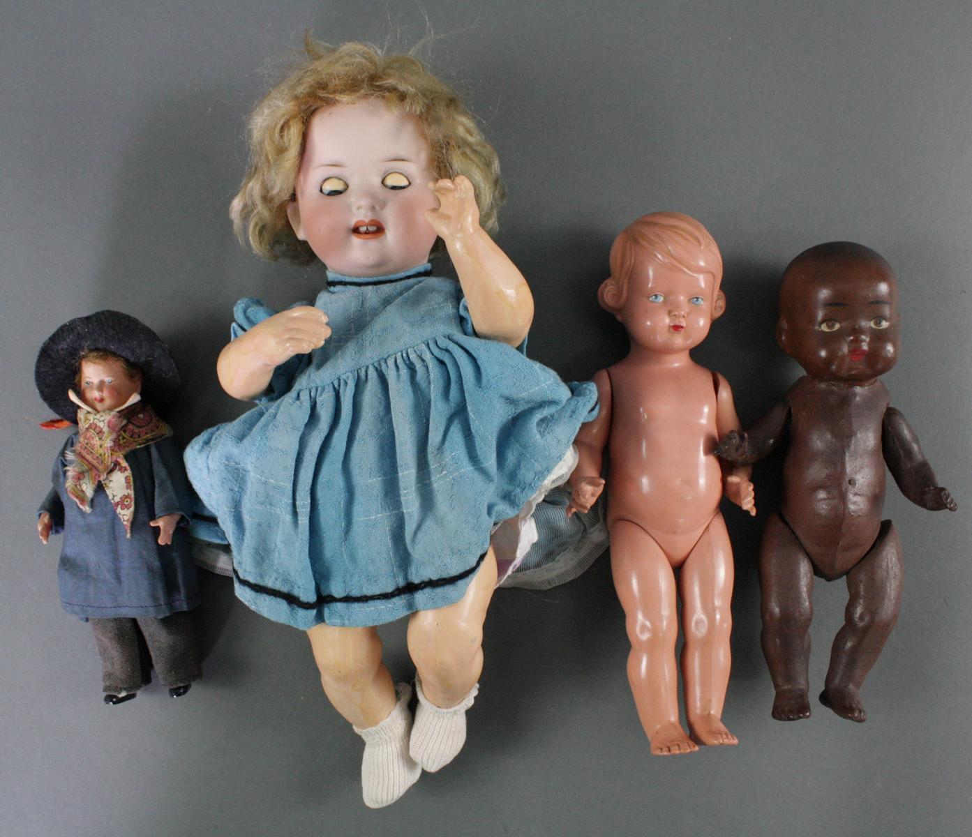 12 sehr alte Puppen, 1. Hälfte 20. Jahrhundert oder älter-14