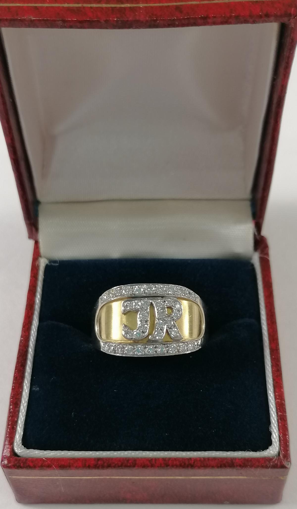 18 Karat Goldring mit Diamanten und Monogramm 'JR'