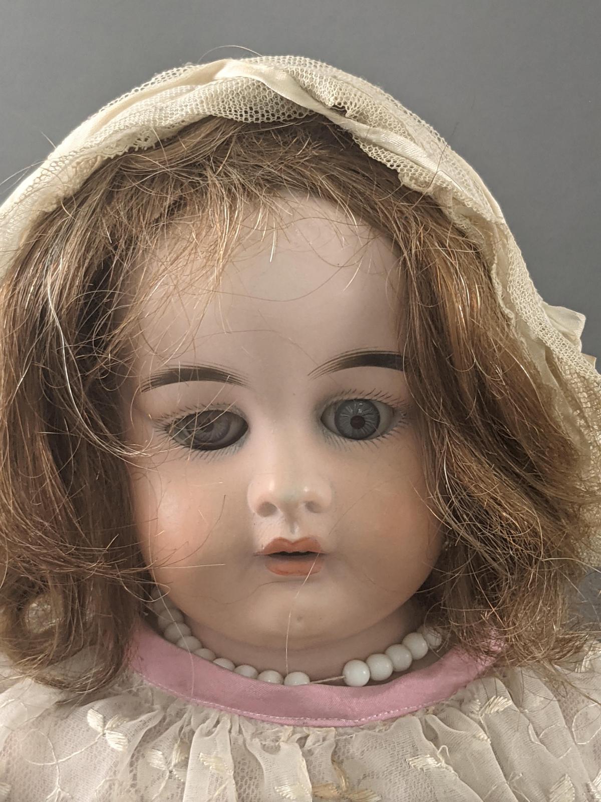 Porzellan-Schulterkopf-Puppe, gemarkt P. H. 5 1904-2
