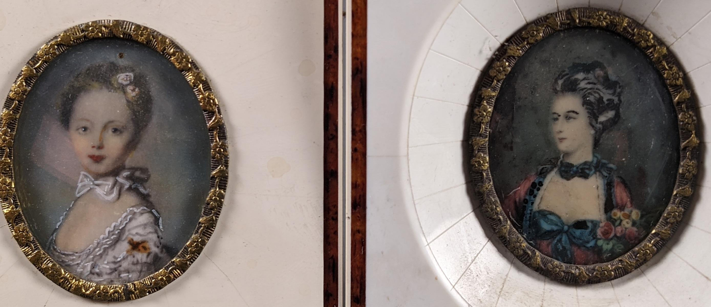 2 Elfenbeinminiaturen um 1900, 2 Damenportraits-2