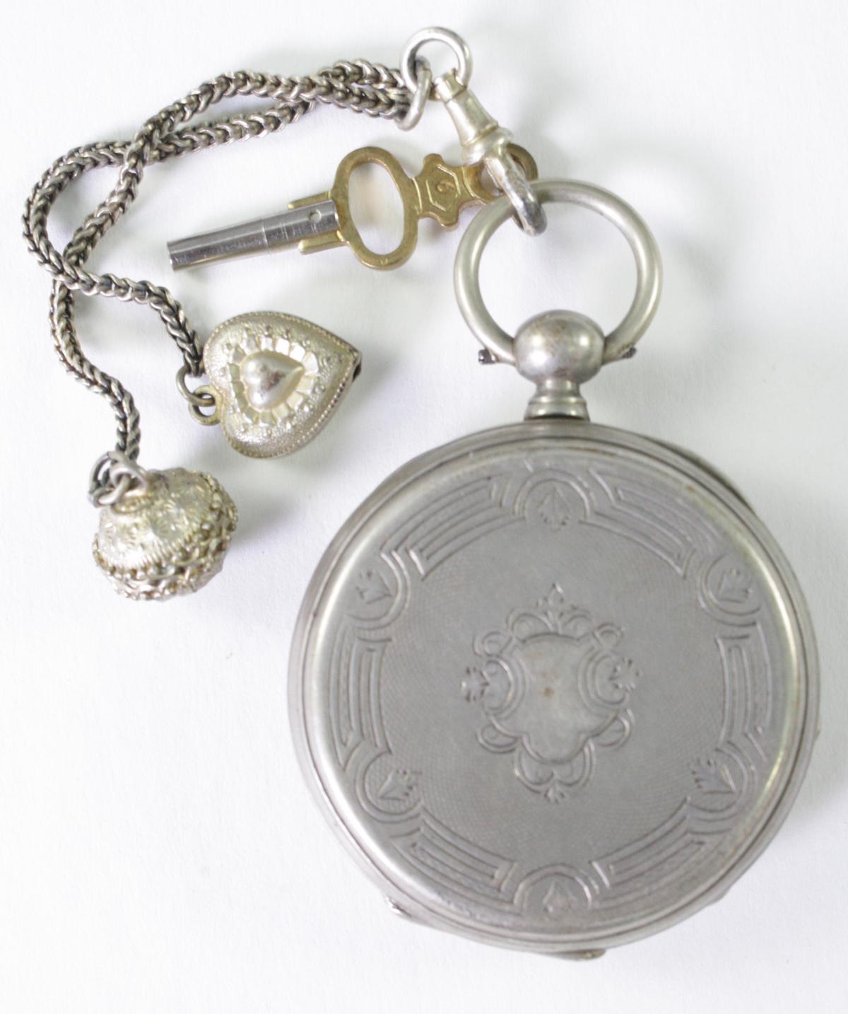Silberne Biedermeier Taschenuhr mit Anhänger-2