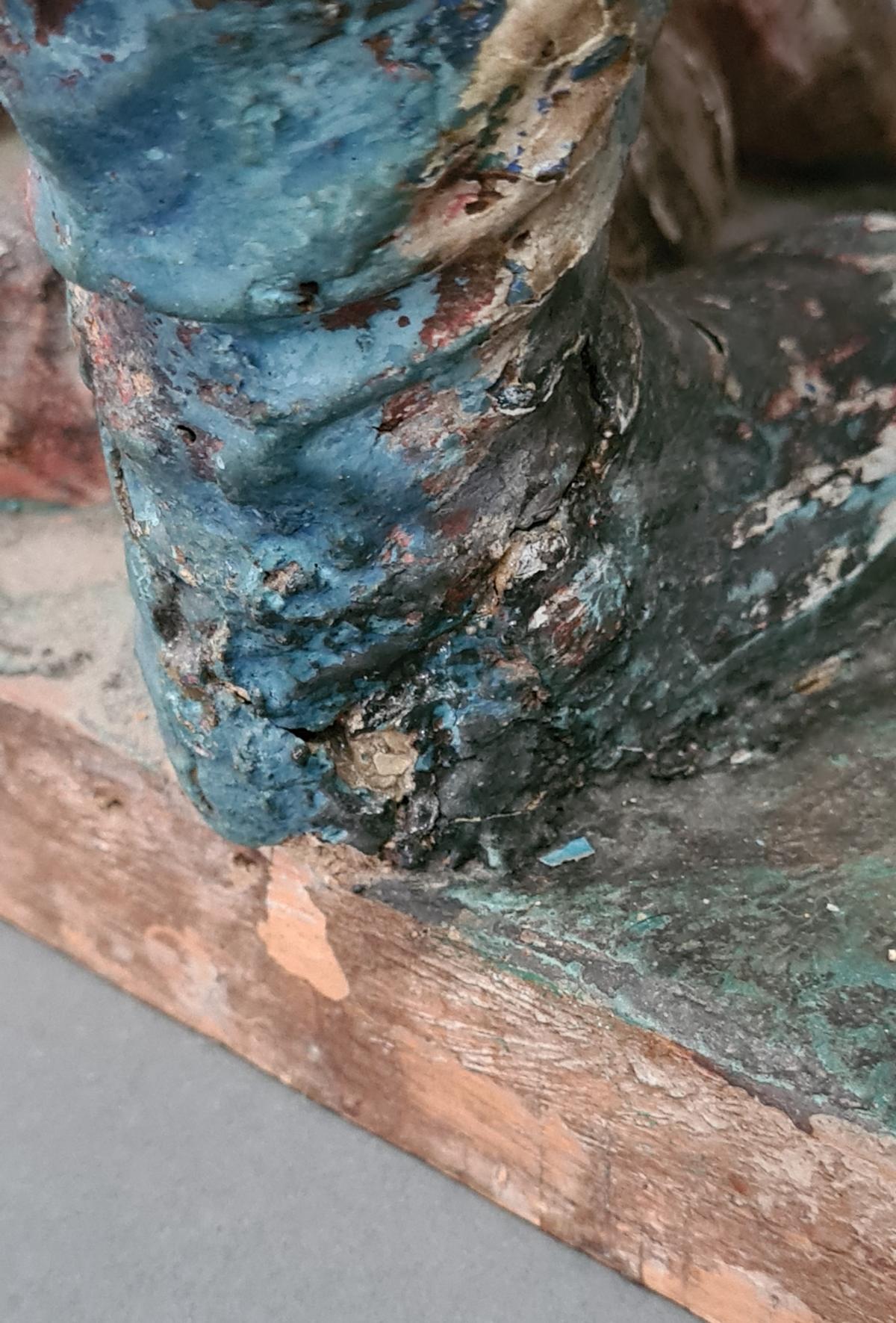 Holzskulptur Erzengel Michael mit Sockel, Süddeutsch um 1800,-6